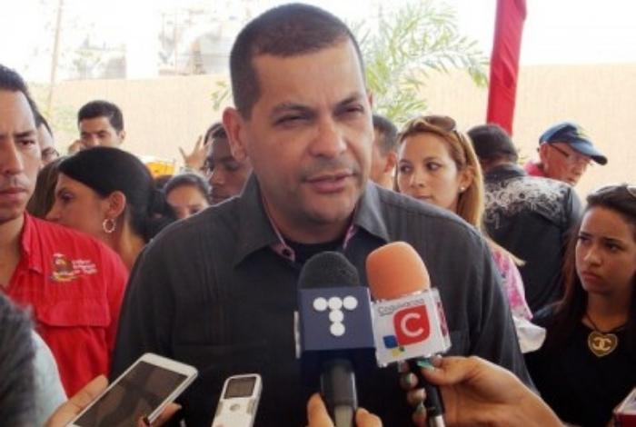 Omar Prieto amenaza a líderes democráticos si entra ayuda humanitaria en Venezuela #11Feb