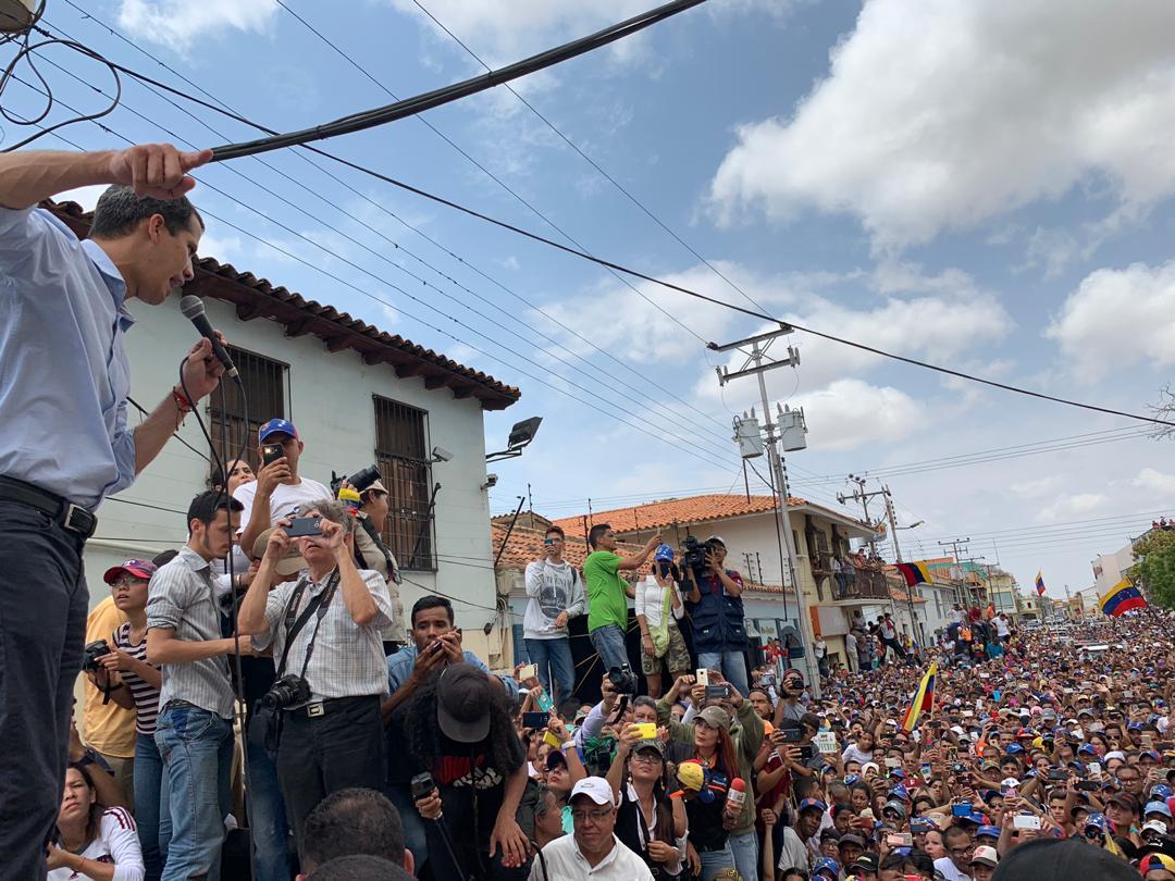 Guaidó en Falcón: Ya están listos y preparados los Comandos de Ayuda y Libertad #15Abr