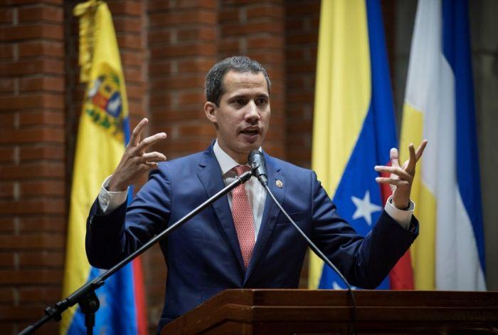Guaidó: Ayer mientras una criatura moría, Maduro aprobaba millones para comprar armas #24May