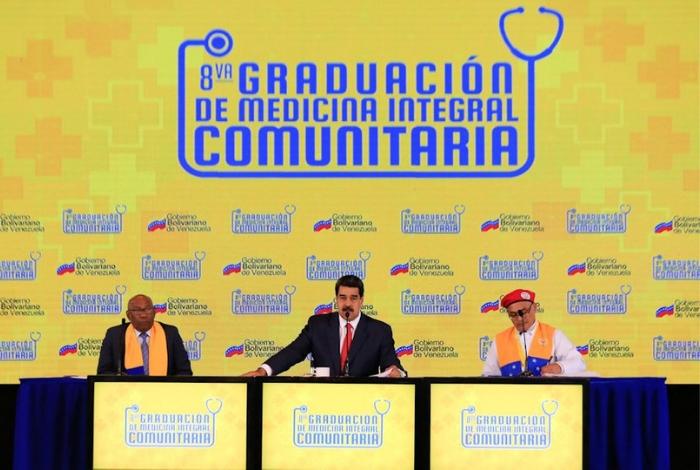 Maduro se equivoca y confirma la presencia de militares cubanos en Venezuela