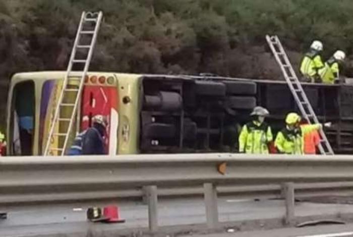 Volcamiento de bus en Ercilla deja seis muertos y múltiples lesionados