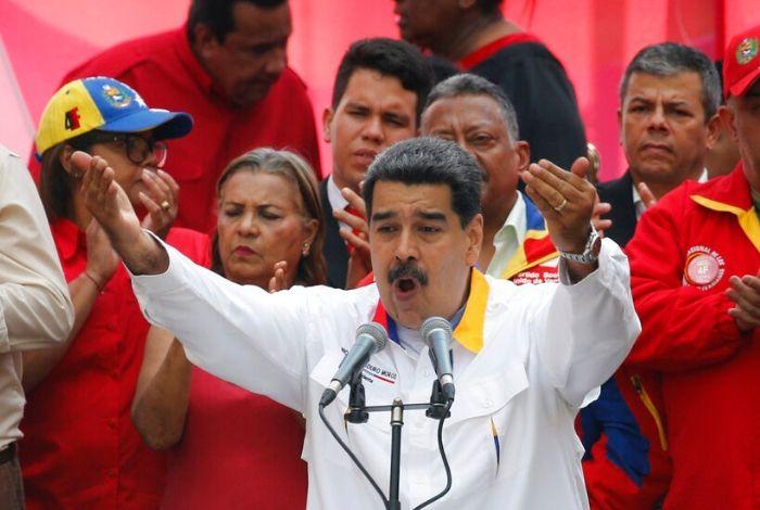 Maduro anunció que negociará con Huawei para fortalecer el sistema de comunicaciones #24May
