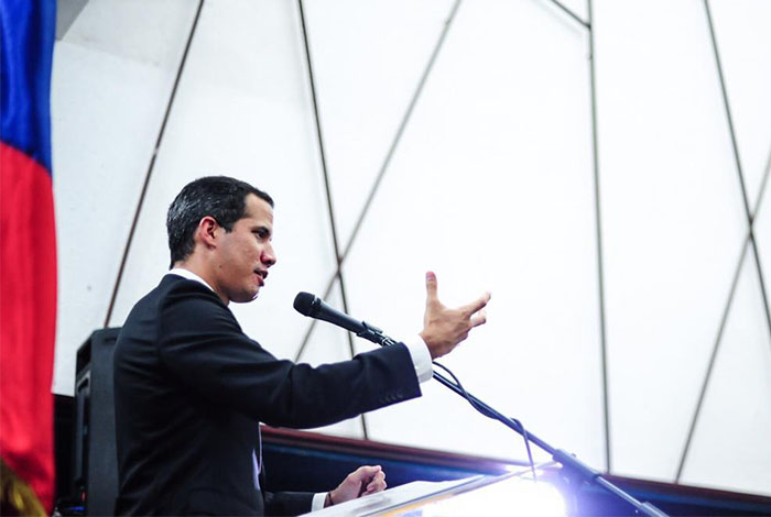 Guaidó solicita al G7 tratar crisis venezolana en su próximo encuentro