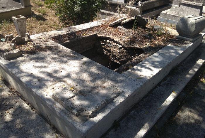 Los muertos no descansan en paz en el cementerio Bella Vista #18Nov - El Impulso