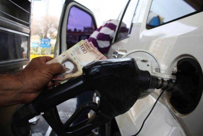 José Guerra: Precio de la gasolina sería de 40.000 mil bolívares #29May