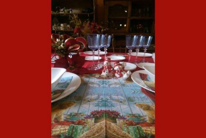 #OPINIÓN Por la puerta del sol (93): La mesa que siempre espera #19Dic
